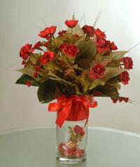 yapay güllerden vazo  9 gül  Bursa çiçekçi mağazası