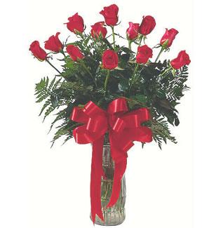 12 adet gül cam içerisinde  Bursa hediye çiçek yolla