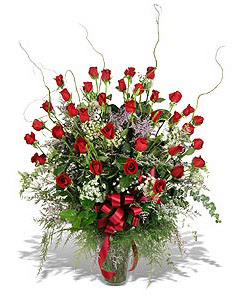 Bursa çiçek gönderme sitemiz güvenlidir  33 adet kirmizi gül vazo içerisinde