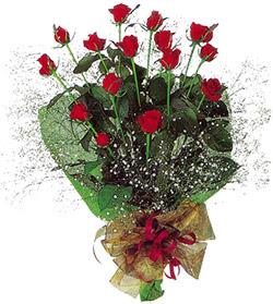 11 adet kirmizi gül buketi özel hediyelik  Bursa İnternetten çiçek siparişi