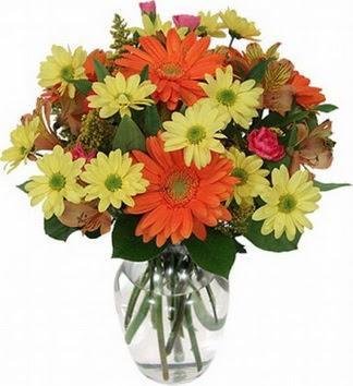Bursa çiçekçiler  vazo içerisinde karışık mevsim çiçekleri