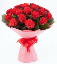 12 adet kırmızı gül buketi  Bursa çiçek gönderme sitemiz güvenlidir