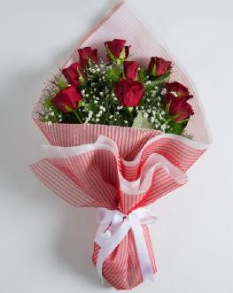 9 adet kırmızı gülden buket  Bursa güvenli kaliteli hızlı çiçek