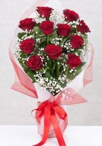 11 kırmızı gülden buket çiçeği  Bursa çiçek siparişi sitesi