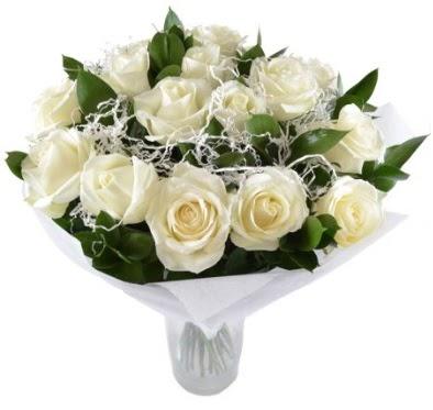 15 beyaz gül buketi sade aşk  Bursa güvenli kaliteli hızlı çiçek
