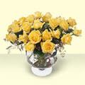 Bursa kaliteli taze ve ucuz çiçekler  11 adet sari gül cam yada mika vazo içinde