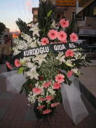 kazablanka,gerbera,sebboy ferforje  Bursa İnternetten çiçek siparişi