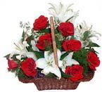 sepette gül ve kazablankalar   Bursa İnternetten çiçek siparişi