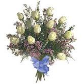 bir düzine beyaz gül buketi   Bursa çiçek online çiçek siparişi
