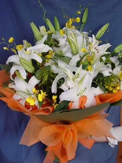 Bursa çiçek yolla  5 ADET KAZABLANKA BUKETI KALITEDEN SASMAYANLARA