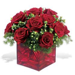 Bursa çiçek servisi , çiçekçi adresleri  9 adet kirmizi gül cam yada mika vazoda
