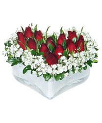 Bursa çiçekçi telefonları  mika kalp içerisinde 9 adet kirmizi gül