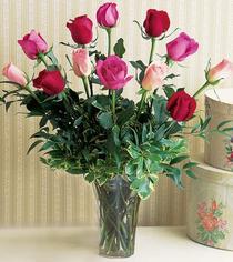 Bursa online çiçek gönderme sipariş  12 adet karisik renkte gül cam yada mika vazoda