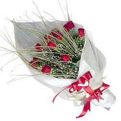 Bursa uluslararası çiçek gönderme  11 adet kirmizi gül buket- Her gönderim için ideal