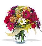 Bursa yurtiçi ve yurtdışı çiçek siparişi  cam yada mika vazo içerisinde karisik kir çiçekleri