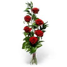 Bursa çiçek gönderme sitemiz güvenlidir  cam yada mika vazo içerisinde 6 adet kirmizi gül
