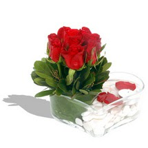 Mika kalp içerisinde 9 adet kirmizi gül  Bursa çiçek siparişi vermek