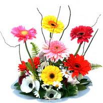 Bursa çiçek yolla , çiçek gönder , çiçekçi   camda gerbera ve mis kokulu kir çiçekleri
