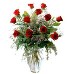 Vazo içerisinde 11 kirmizi gül  Bursa çiçek satışı