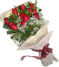 11 adet kirmizi güllerden özel buket  Bursa çiçekçi telefonları