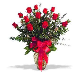 çiçek siparisi 11 adet kirmizi gül cam vazo  Bursa çiçek , çiçekçi , çiçekçilik