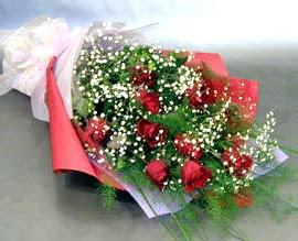 10 adet kirmizi gül çiçegi gönder  Bursa internetten çiçek satışı
