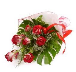 Çiçek gönder 9 adet kirmizi gül buketi  Bursa çiçek satışı