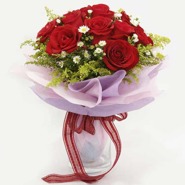 Çiçek gönderme estetikliginiz 11 gül buket  Bursa İnternetten çiçek siparişi
