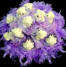 11 adet pelus ayicik buketi  Bursa yurtiçi ve yurtdışı çiçek siparişi