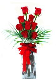 Bursa kaliteli taze ve ucuz çiçekler  9 adet mika yada cam vazoda gül tanzimi