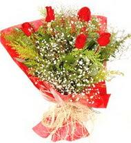 Bursa internetten çiçek satışı  5 adet kirmizi gül buketi demeti