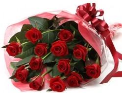 Bursa internetten çiçek satışı  10 adet kipkirmizi güllerden buket tanzimi