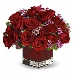 11 adet kırmızı gül vazosu  Bursa çiçek gönderme