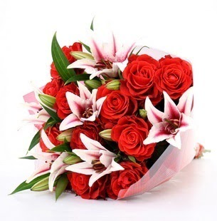 Bursa çiçek satışı  3 dal kazablanka ve 11 adet kırmızı gül