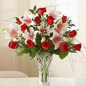 Bursa online çiçek gönderme sipariş  12 adet kırmızı gül 1 dal kazablanka çiçeği