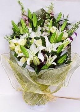 Bursa çiçek siparişi vermek  3 adet kazablankalardan görsel buket çiçeği
