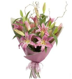Bursa hediye sevgilime hediye çiçek  3 dal cazablanca buket çiçeği