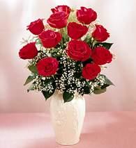 Bursa İnternetten çiçek siparişi  9 adet vazoda özel tanzim kirmizi gül