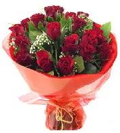 12 adet görsel bir buket tanzimi  Bursa çiçek satışı