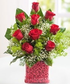 Cam içerisinde 9 adet kırmızı gül  Bursa çiçek yolla