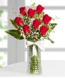 7 Adet vazoda kırmızı gül sevgiliye özel  Bursa çiçek gönderme sitemiz güvenlidir