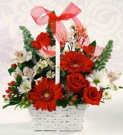 Karışık rengarenk mevsim çiçek sepeti  Bursa çiçekçi telefonları
