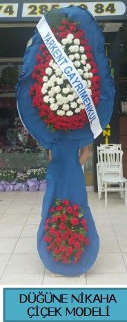 Düğüne nikaha çiçek modeli  Bursa güvenli kaliteli hızlı çiçek