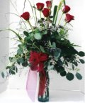 Bursa çiçek gönderme sitemiz güvenlidir  7 adet gül özel bir tanzim