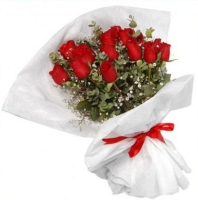 9 adet kırmızı gül buketi  Bursa İnternetten çiçek siparişi