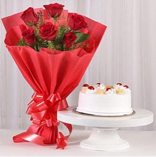 6 Kırmızı gül ve 4 kişilik yaş pasta  Bursa yurtiçi ve yurtdışı çiçek siparişi