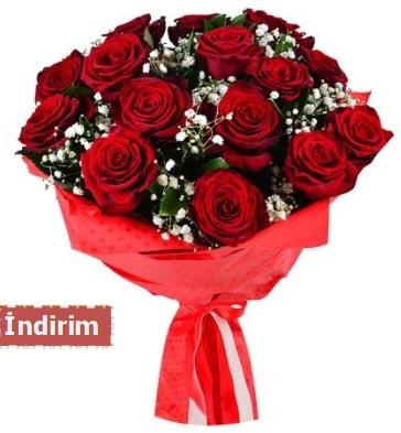 12 Adet kırmızı aşk gülleri  Bursa güvenli kaliteli hızlı çiçek