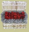 Bursa hediye çiçek yolla  Sandikta 11 adet güller - sevdiklerinize en ideal seçim